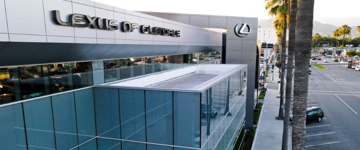 exterior view of the Lexus of Glendale dealership