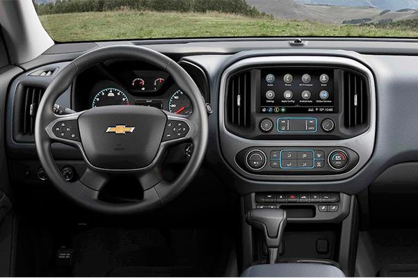 2021 Chevy Colorado interior